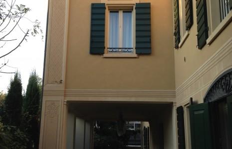 Facciata casa privata Modena