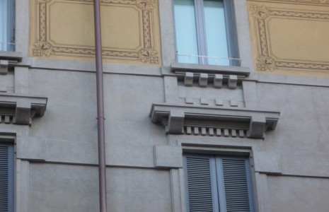 facciata graffito Milano